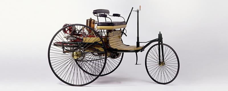првиот автомобил